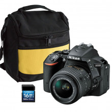 Nikon D5500 DSLR & 18-55mm DX Lens with 16GB SD Card & Bag