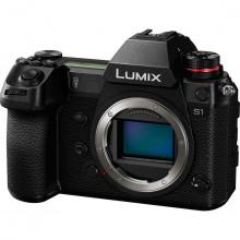 Panasonic LUMIX S1 Full Frame Mirrorless Camera Body