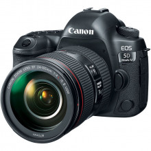 Canon EOS 5D Mk IV 24-105mm F4 L IS USM II Front