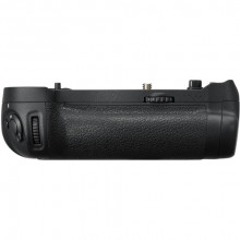Nikon Multi-Power Pack Battery Grip (MB-D18)