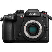 Panasonic Lumix DC-GH5S Mirrorless Micro Four Thirds