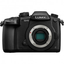 Panasonic Lumix DMC-GH5 4K Mirrorless Micro Four Thirds