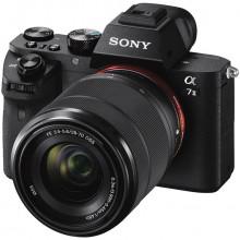 Sony Alpha a7 II Mirrorless + FE 28-70mm OSS Lens